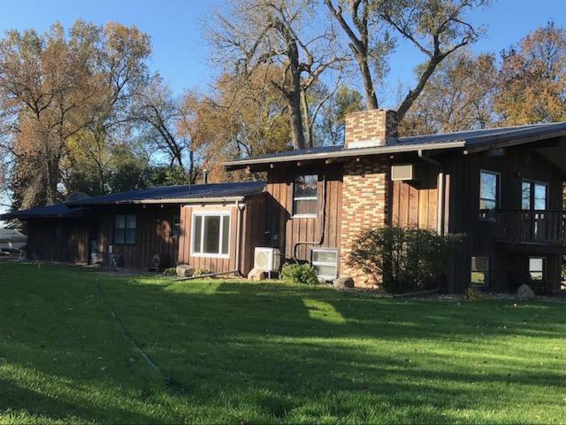 1206 20th Street S, Brookings, SD 57006