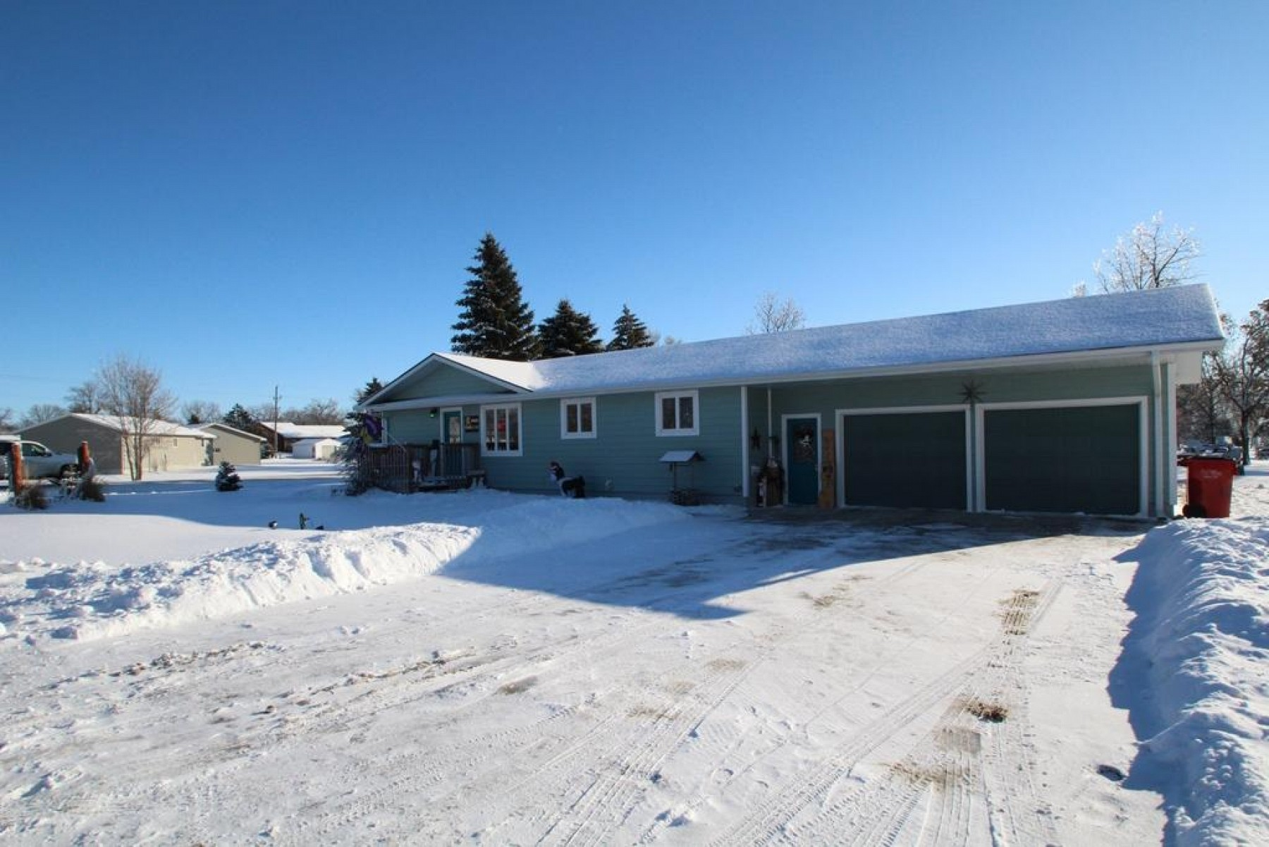 400 2nd Street, Elkton, SD 57026