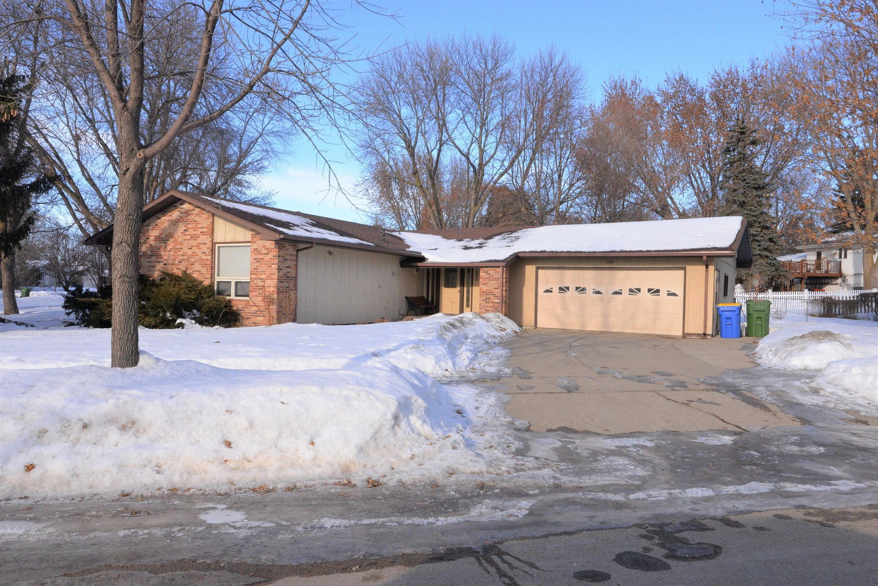 1305 Forest Street, Brookings, SD 57006