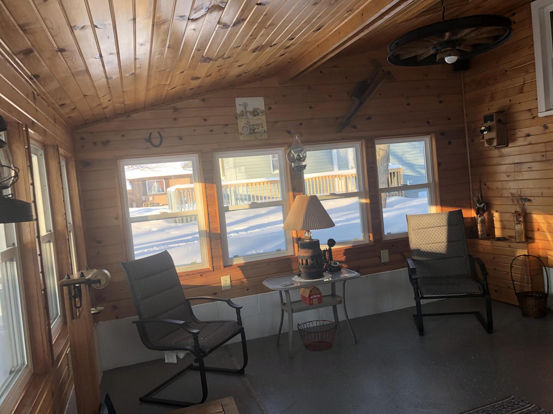 107 7thAvenueN, Clear Lake, SD 57226