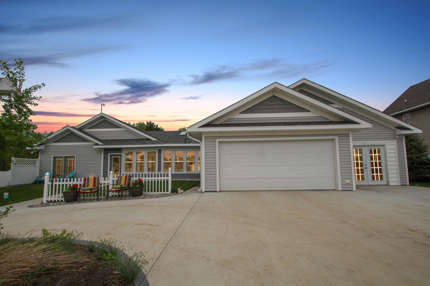 3110 Lake Campbell Drive, Brookings, SD 57006