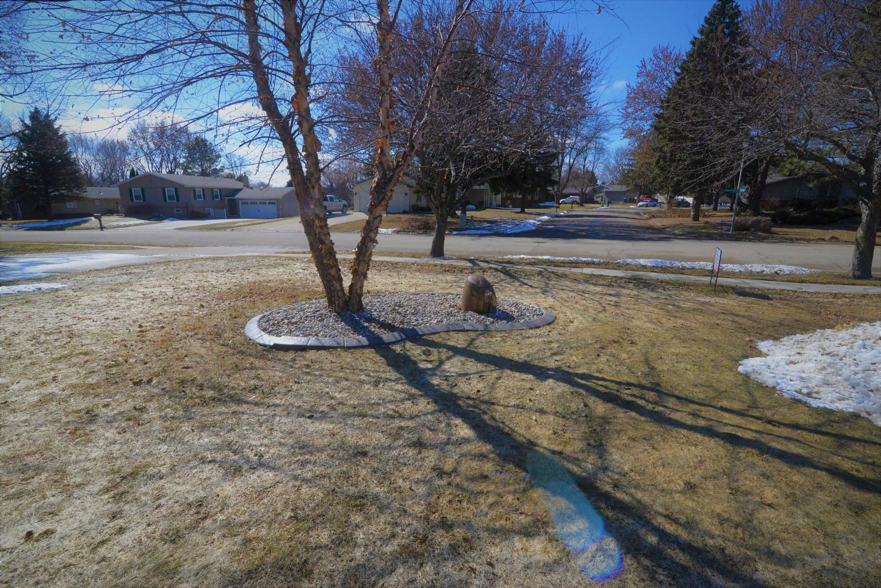 1637 CalumetRoad, Brookings, SD 57006