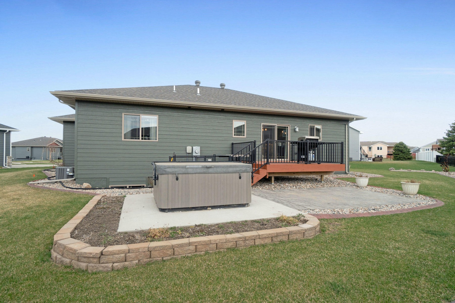 2100 Morning GloryDrive, Brookings, SD 57006
