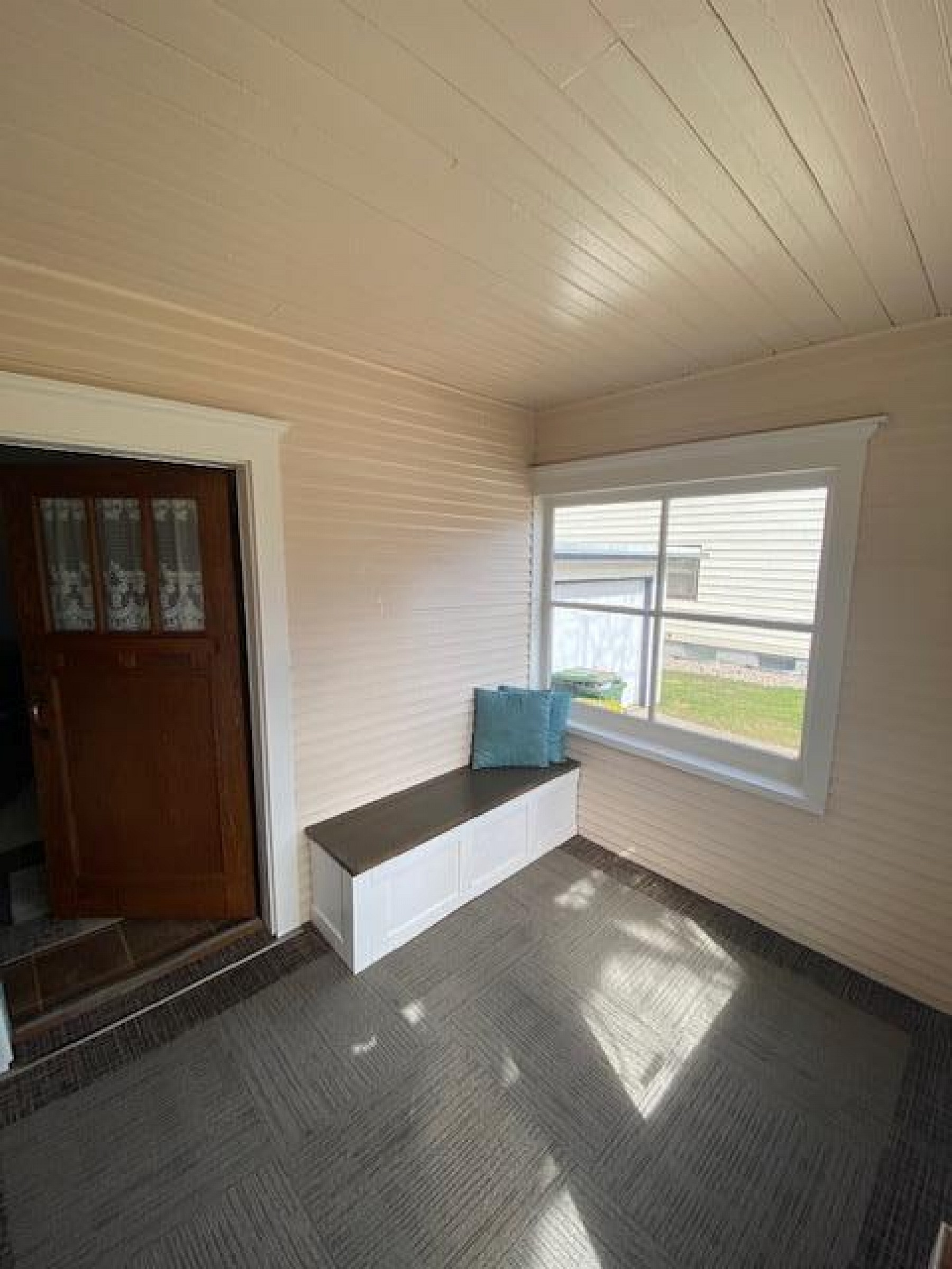 925 6th Avenue, Brookings, SD 57006