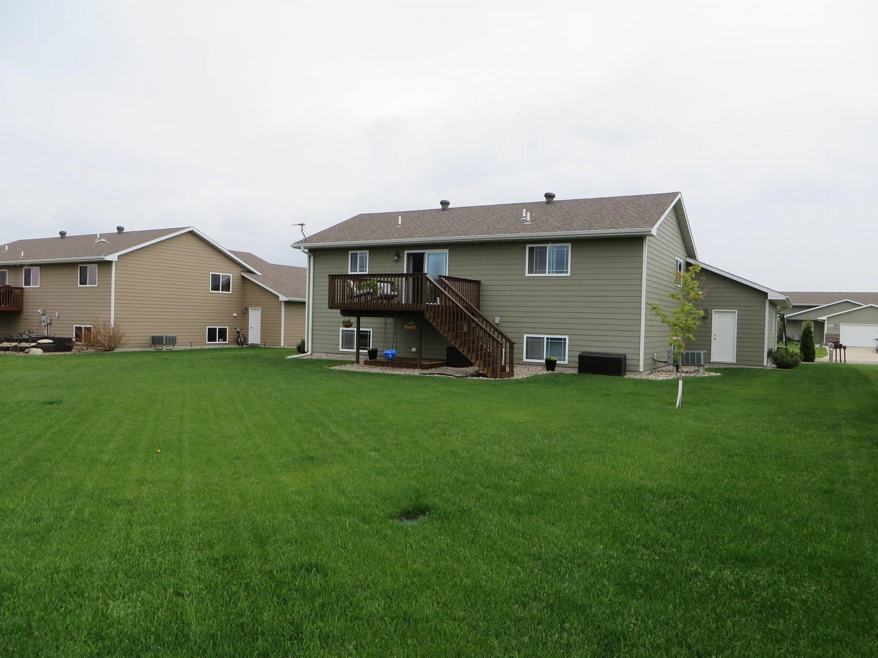 2309 16th Avenue S, Brookings, SD 57006