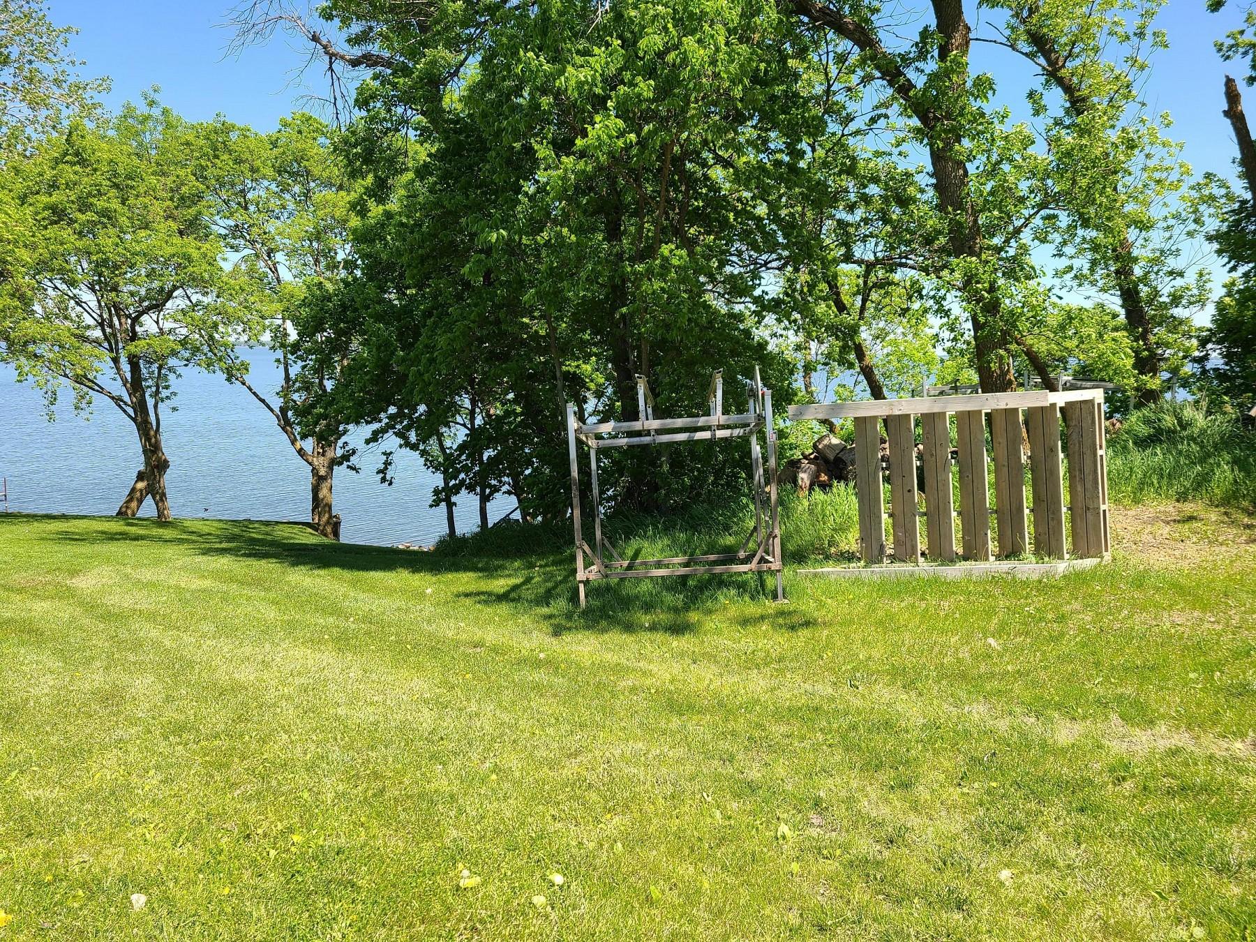 174 South, Lake Poinsett, SD 57006