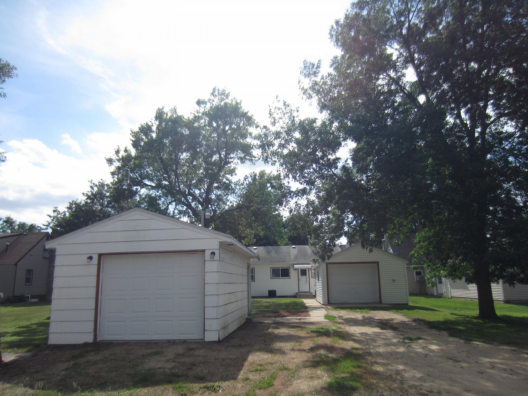 308 Astrachan Avenue, Volga, SD 57071