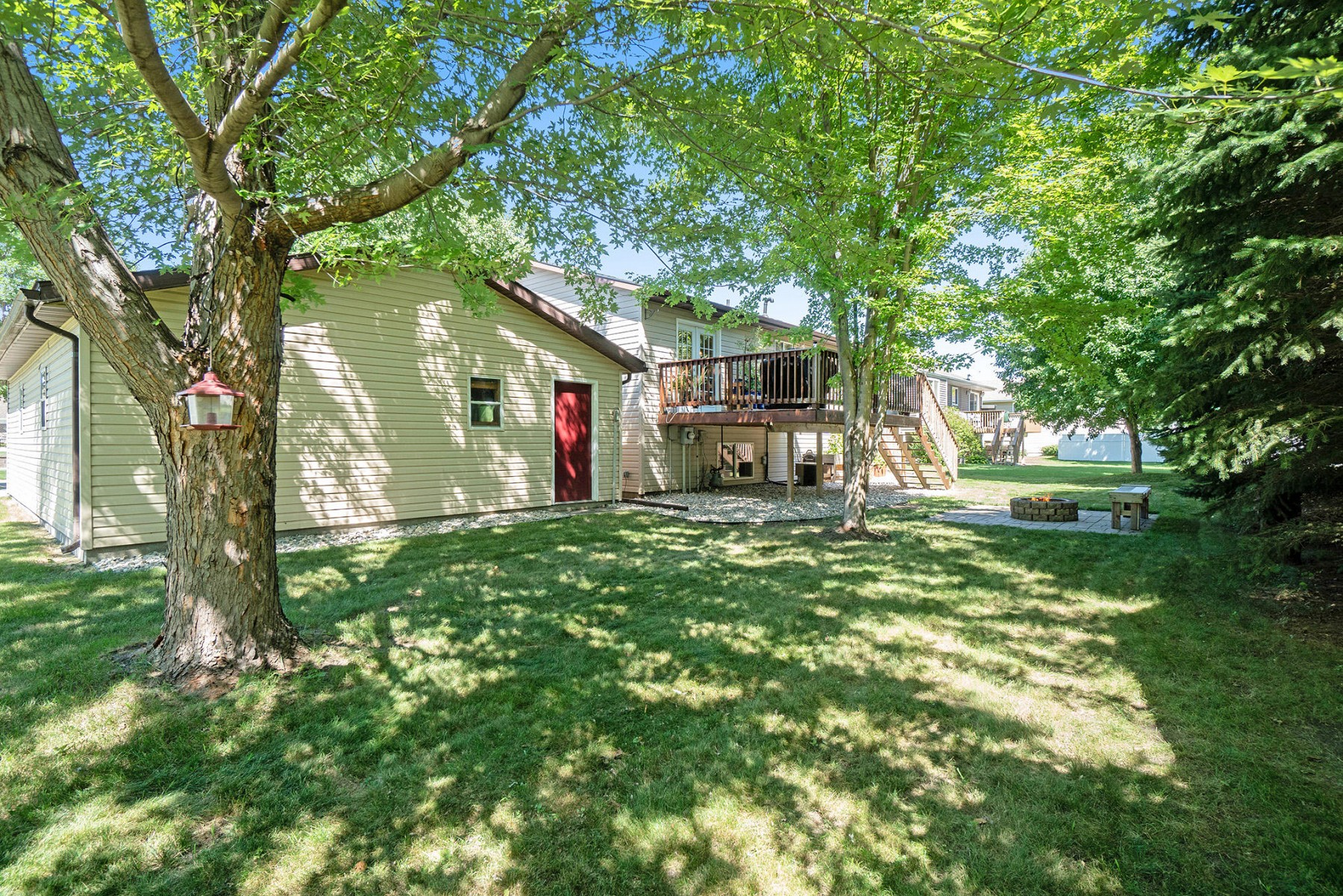 1022 Yorktown Drive, Brookings, SD 57006