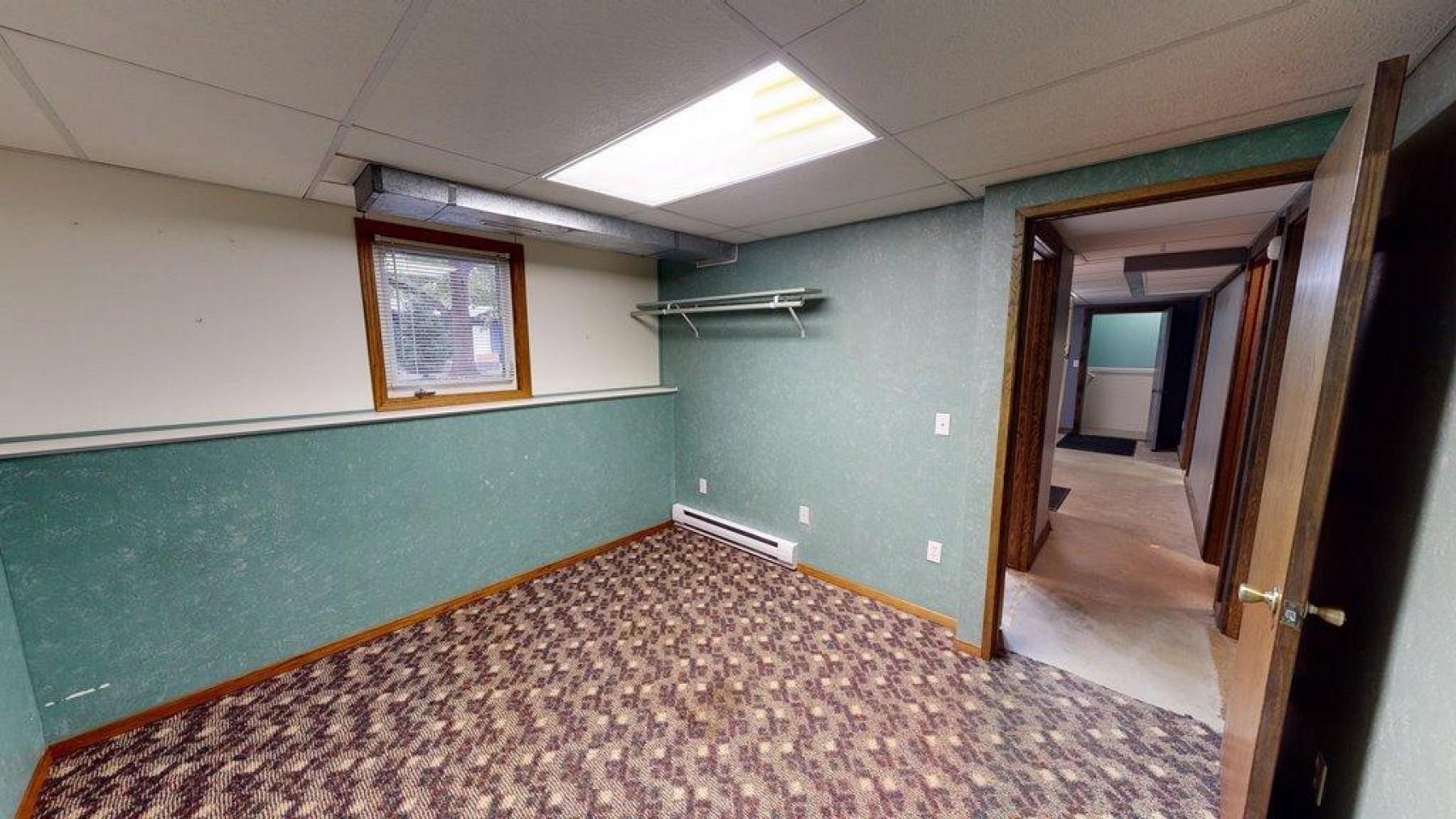 1303 WestminsterDrive, Brookings, SD 57006