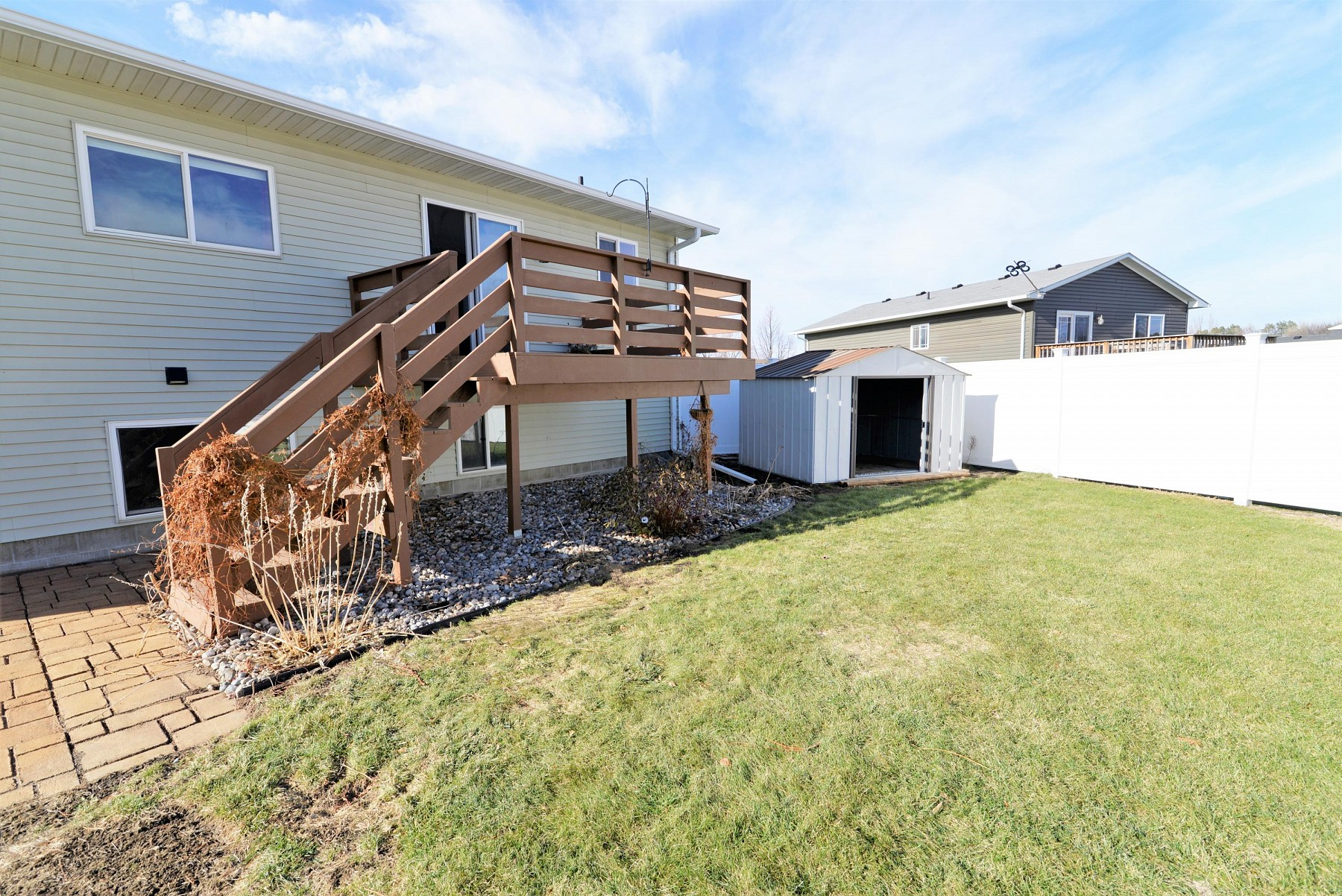 2221 Rhonda Road, Brookings, SD 57006