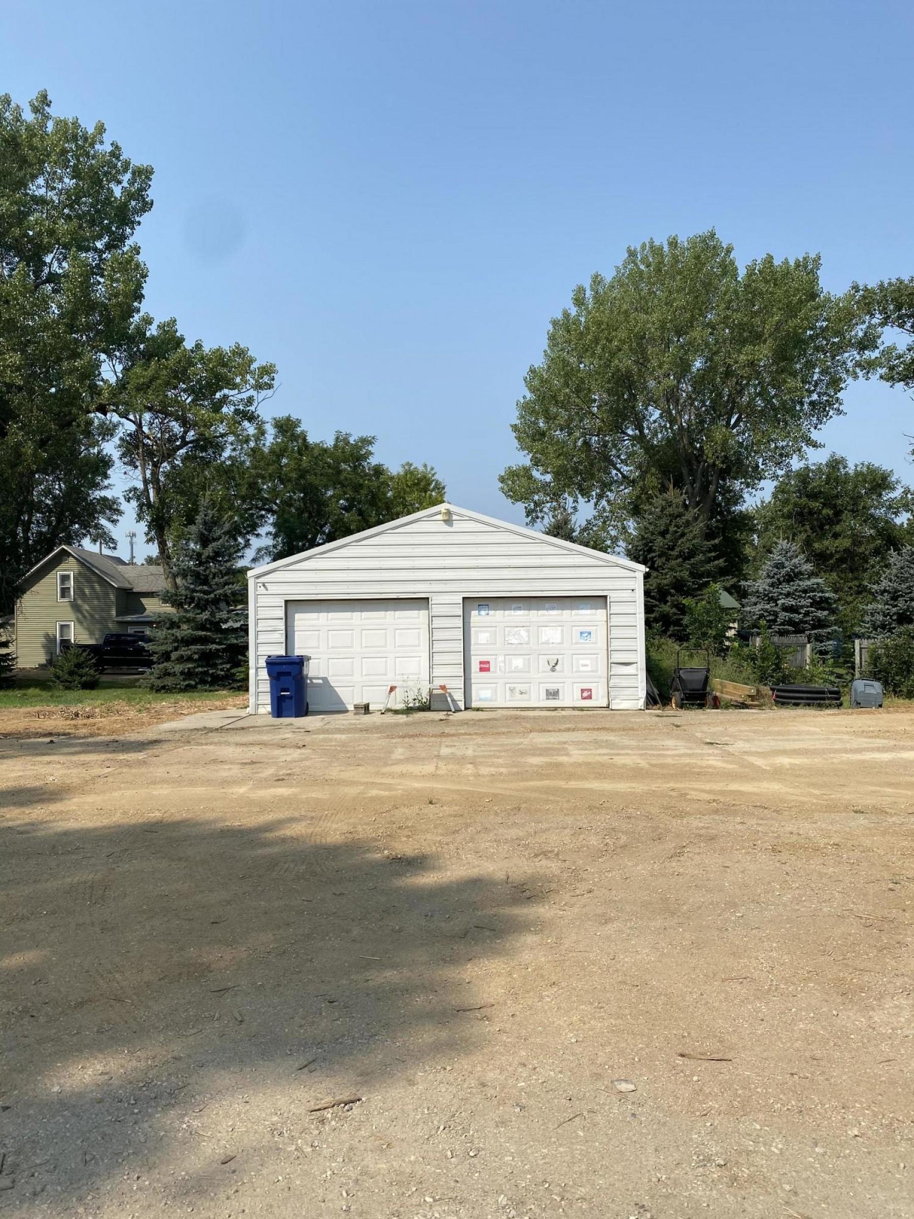 103 W North Drive, Elkton, SD 57026