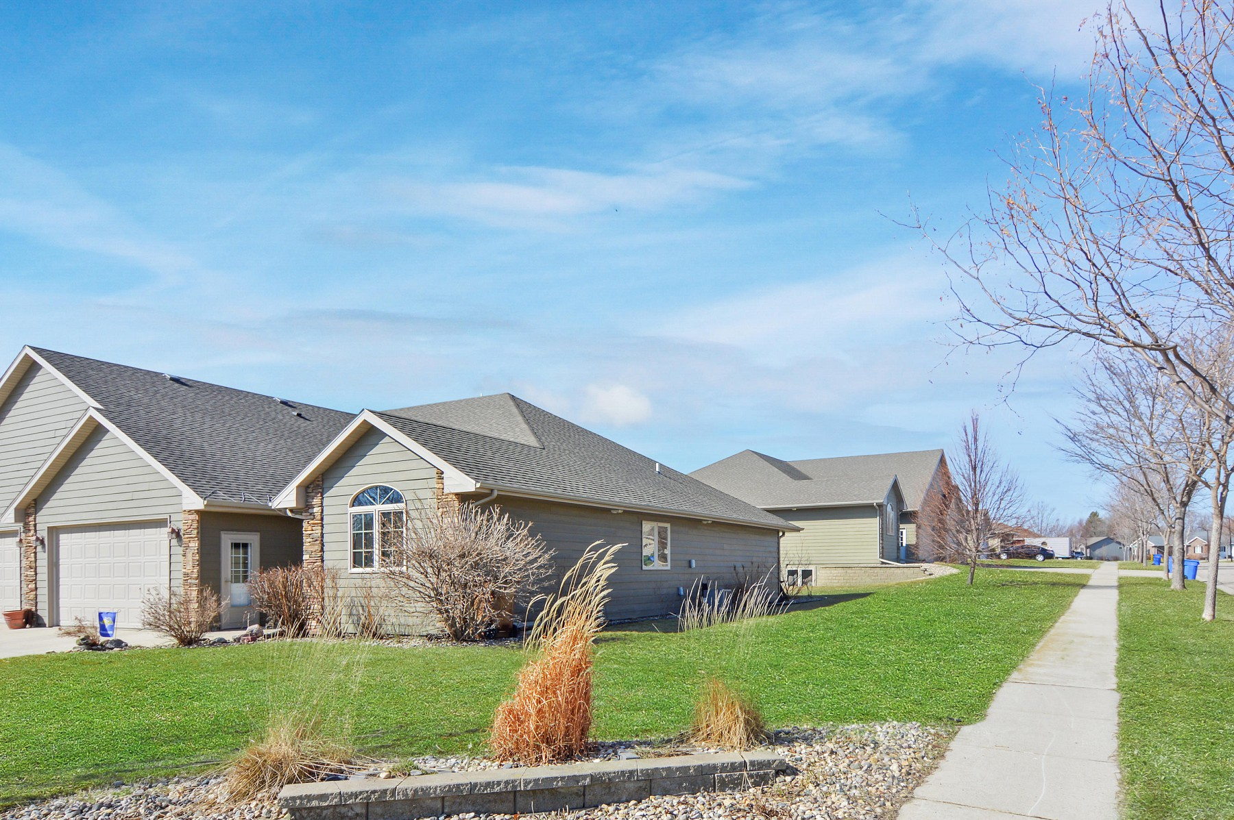 1102 Copper MountainRoad, Brookings, SD 57006