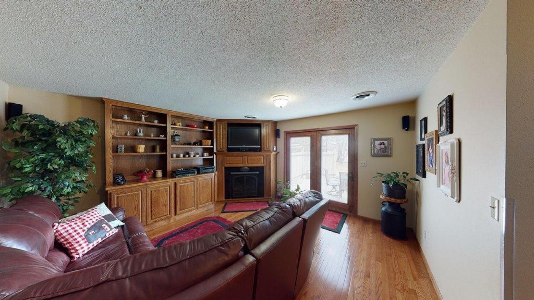 3203 PineAvenue, Brookings, SD 57006