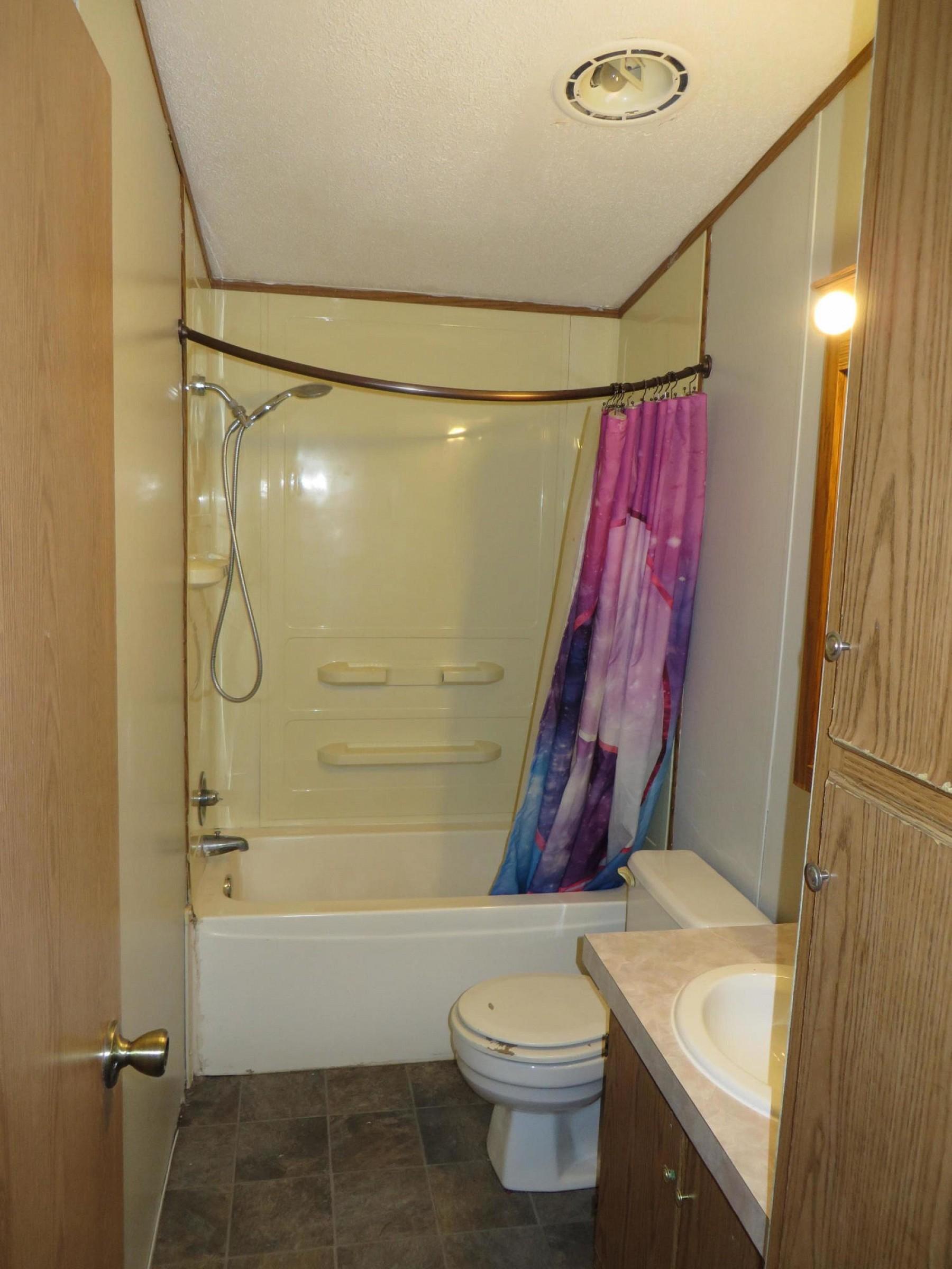 908 TumbleweedRoad, Brookings, SD 57006