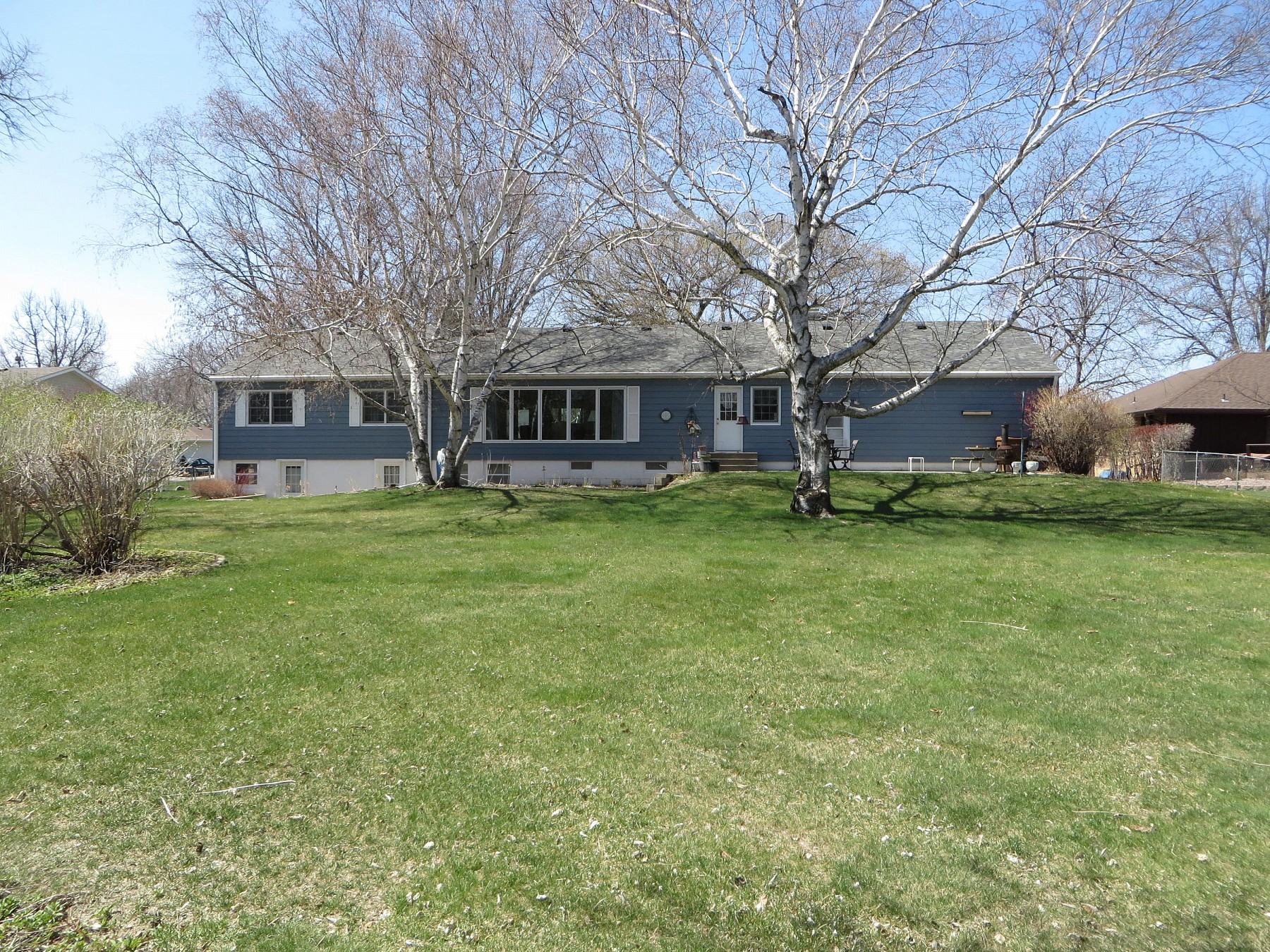 216 16th Avenue, Brookings, SD 57006