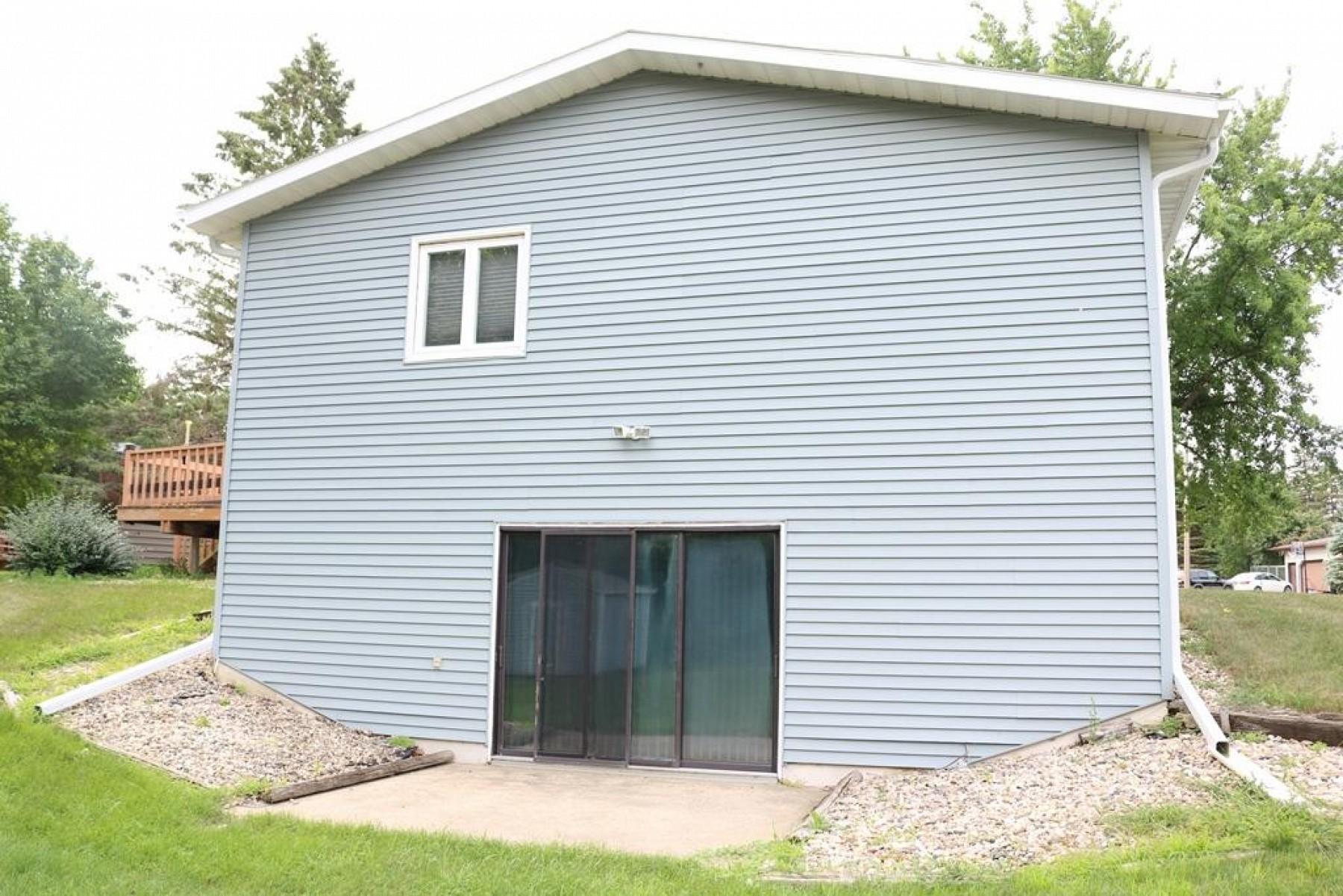 605 CircleDrive, Clear Lake, SD 57226