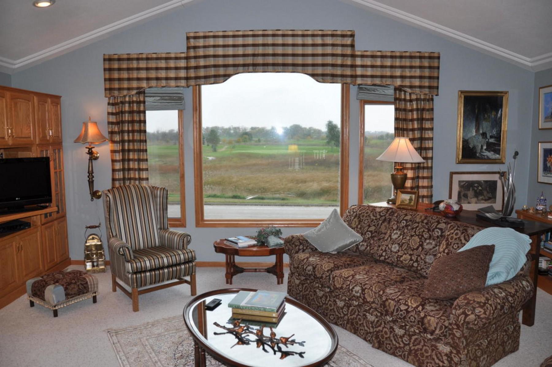 506 Meadow CreekDrive, Volga, SD 57071