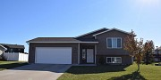 1327 Sawgrass Drive, Brookings, SD 57006