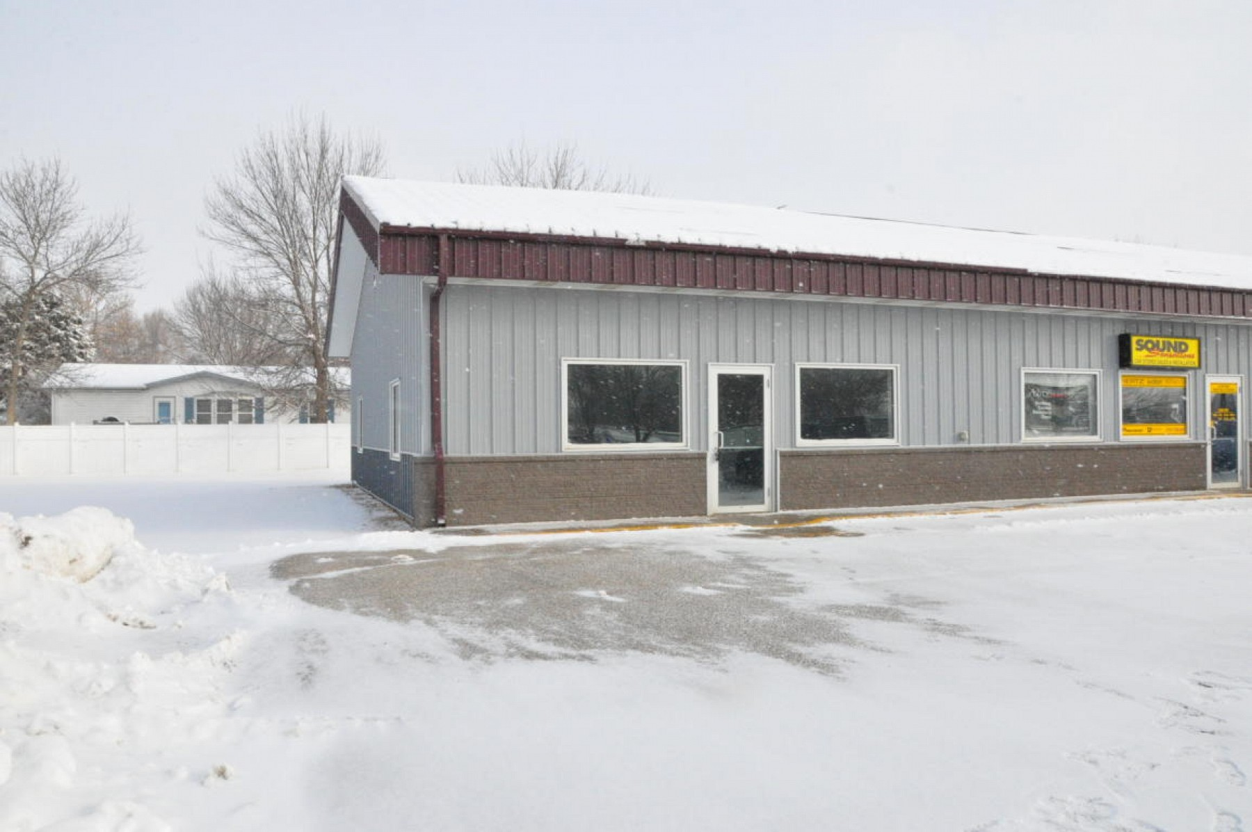 525 8th Street S, Brookings, SD 57006
