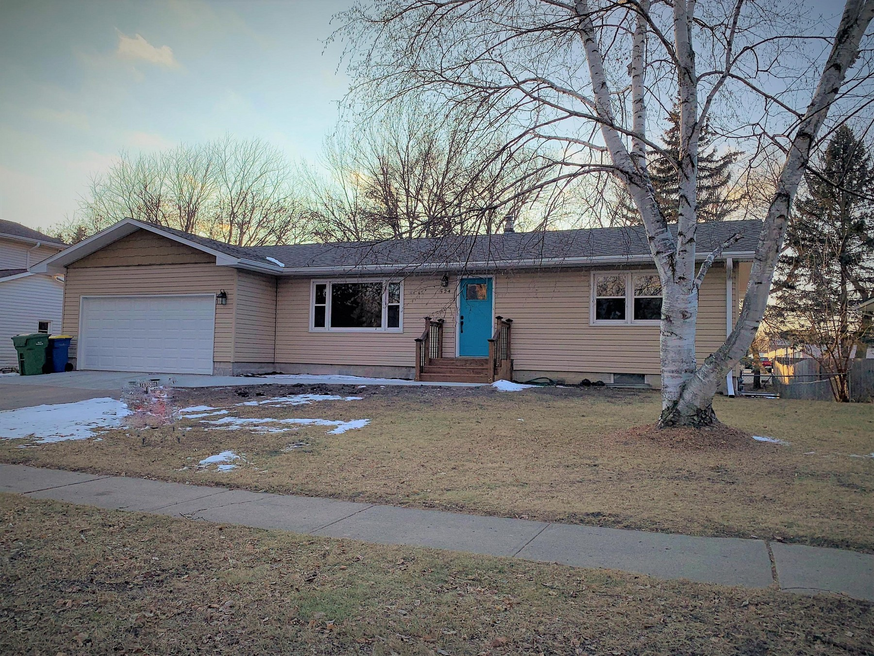 524 17th Avenue S, Brookings, SD 57006