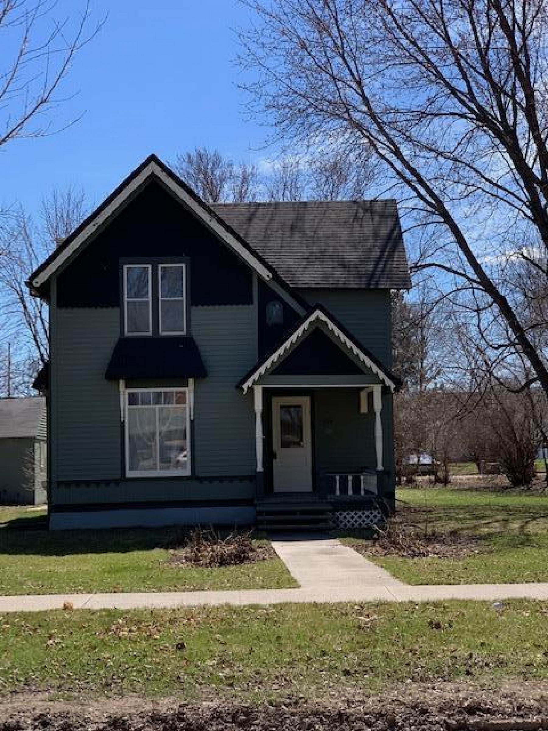 624 3rd Street, Brookings, SD 57006