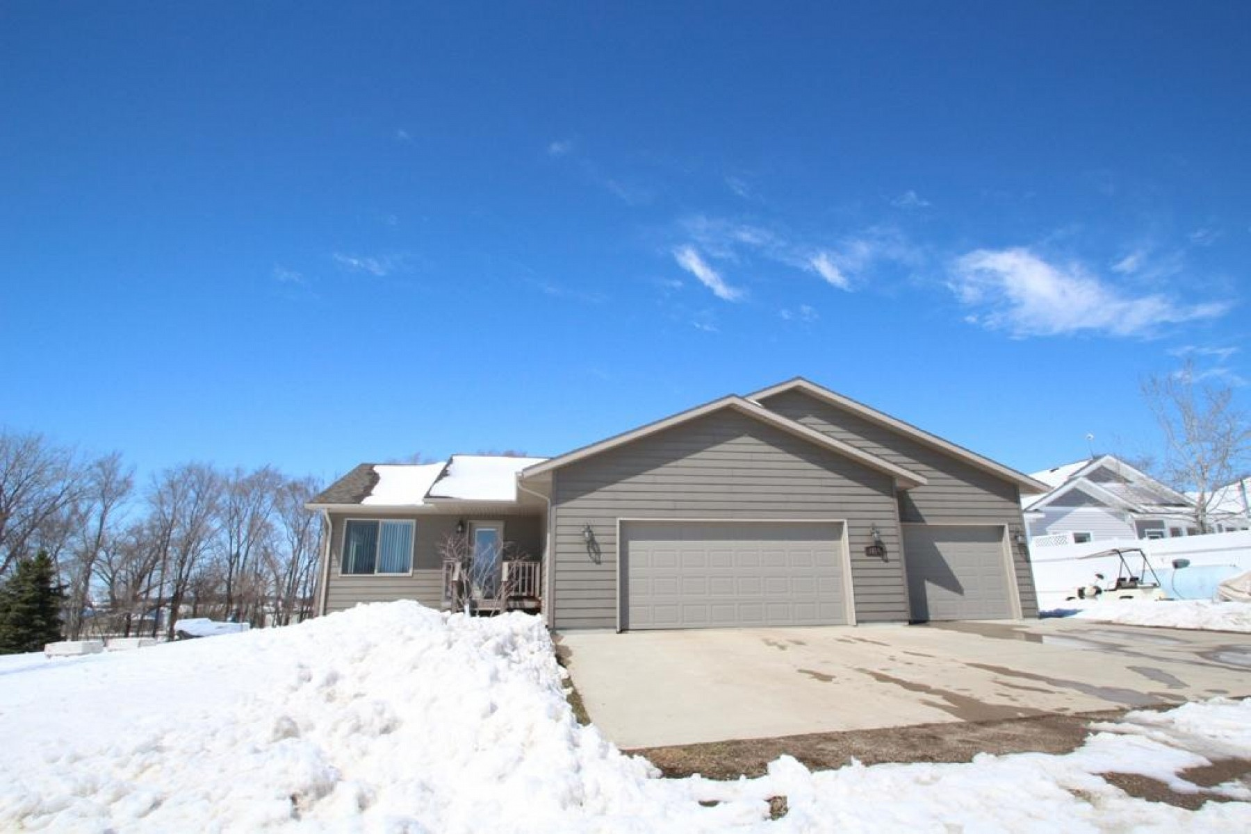3130 Lake Campbell Drive, Brookings, SD 57006
