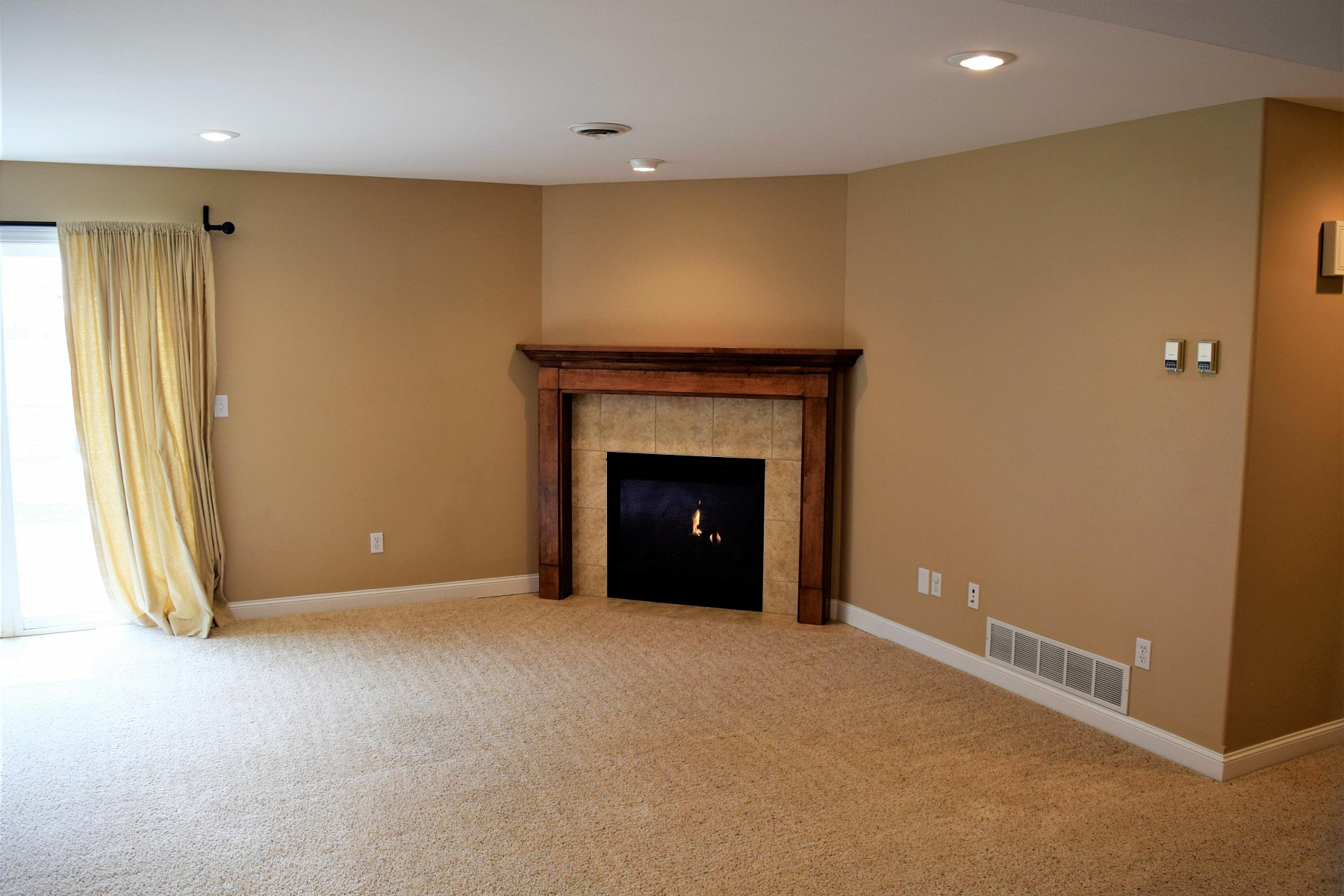 1814 Overlook Ridge Road, Brookings, SD 57006