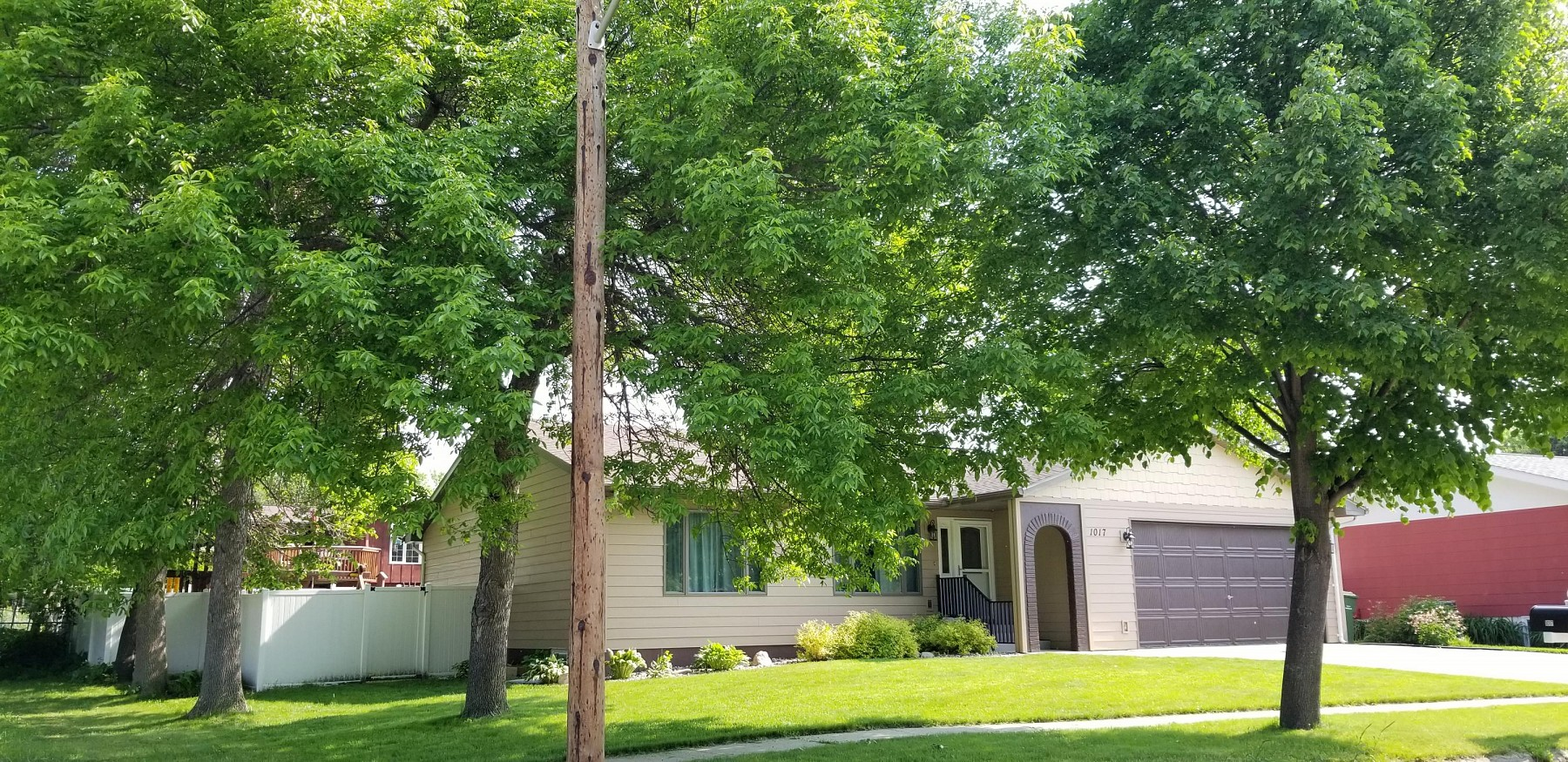 1017 Vine Street, Brookings, SD 57006