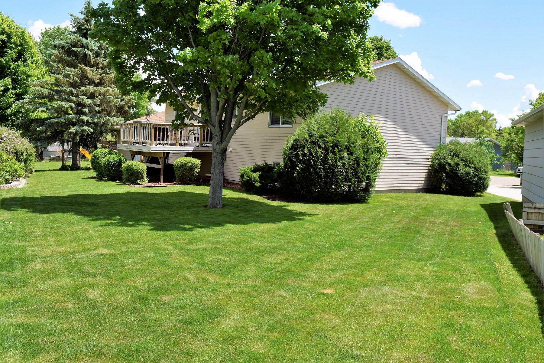1123 Squire Court, Brookings, SD 57006