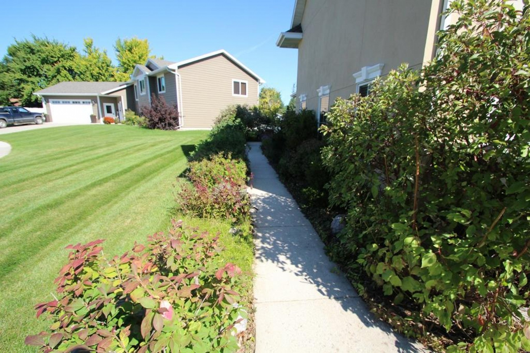 1823 OrioleTrail, Brookings, SD 57006