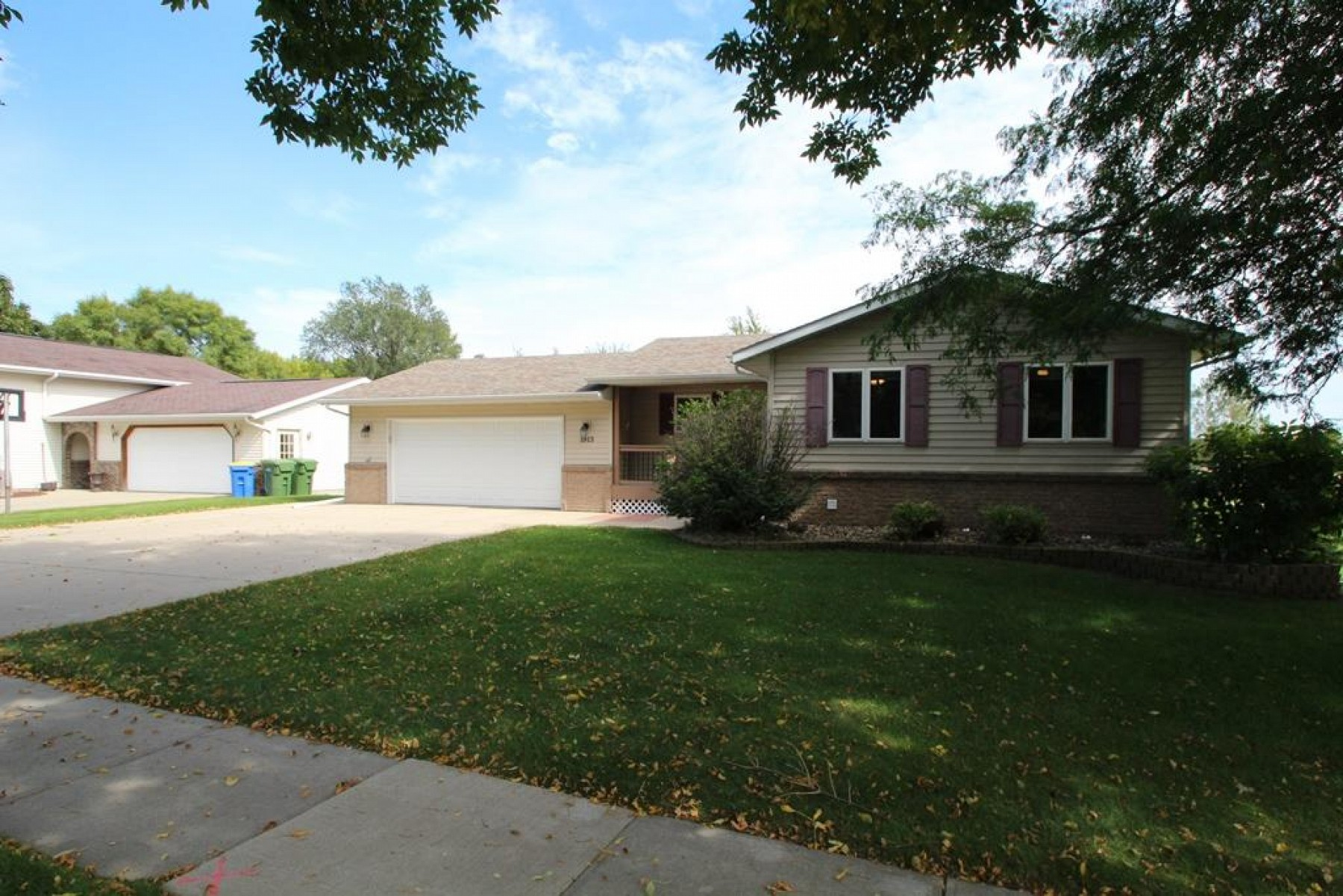 1913 Council Ridge Road, Brookings, SD 57006